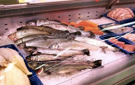 После введения эмбарго в России на треть выросли цены на рыбу