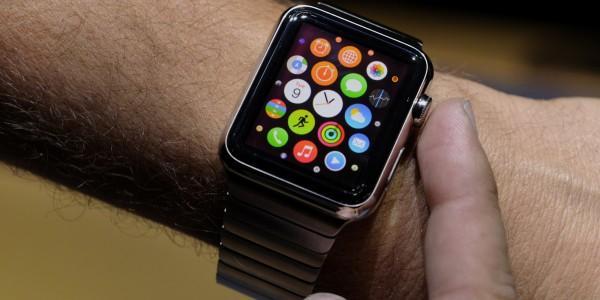 Во время обзора Apple Watch журналист случайно купил Xbox One