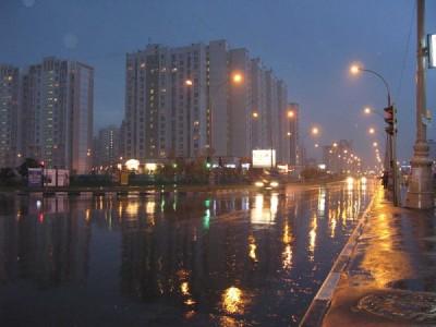 В Москве объявлено штормовое предупреждение: Ожидается гроза с градом