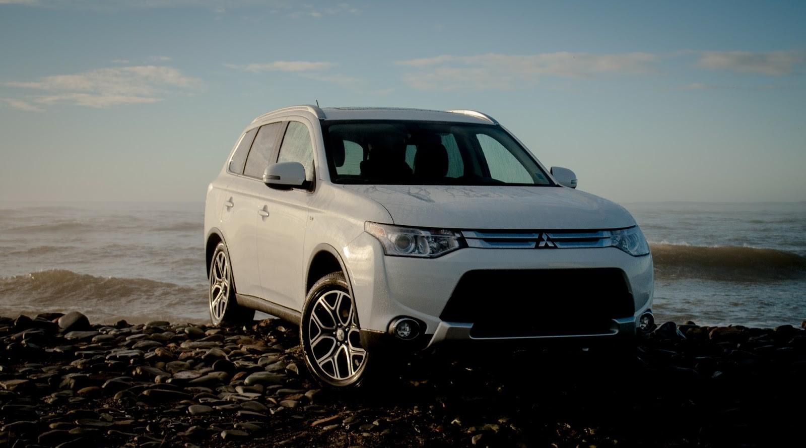 Компания «Mitsubishi» объявила скидки навнедорожник «Outlander»