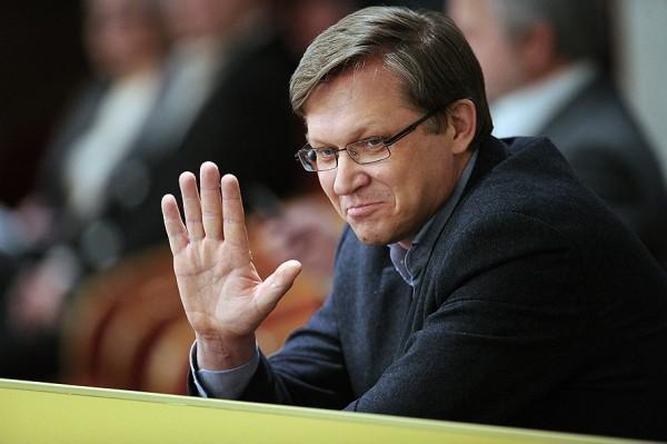 СКР вызвал оппозиционера Рыжкова на допрос по делу об убийстве Немцова