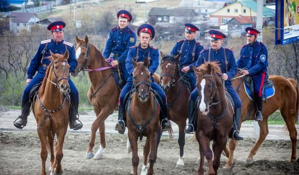 Донские казаки отправились в поход на Берлин