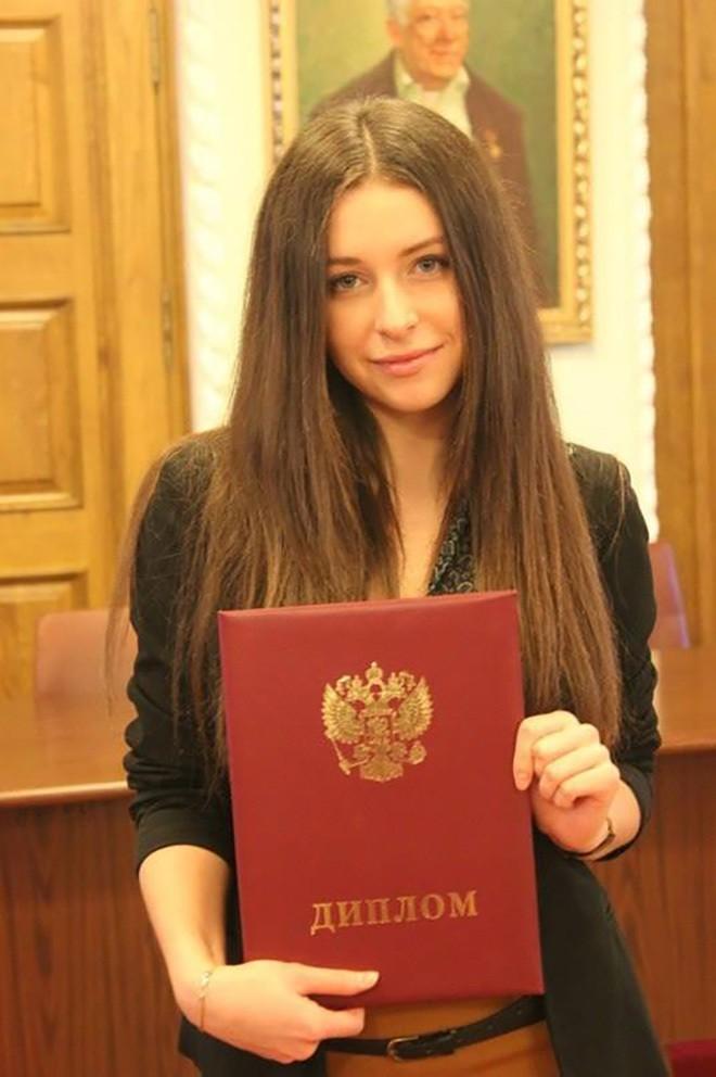bob-dzhek-i-yulya-porno-uzkih