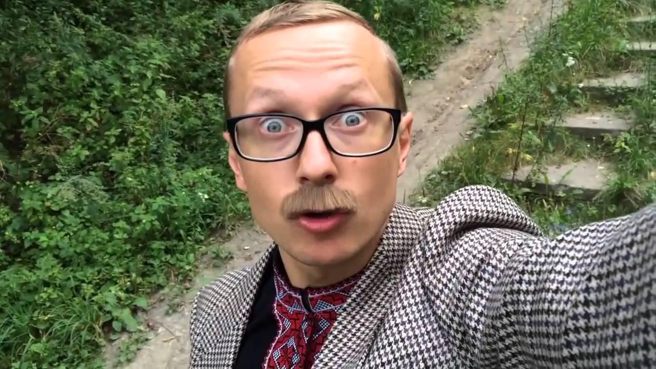 Украинский телеведущий Майкл Щур получил повестку в армию