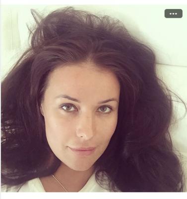 Оксана Федорова опубликовала селфи без макияжа