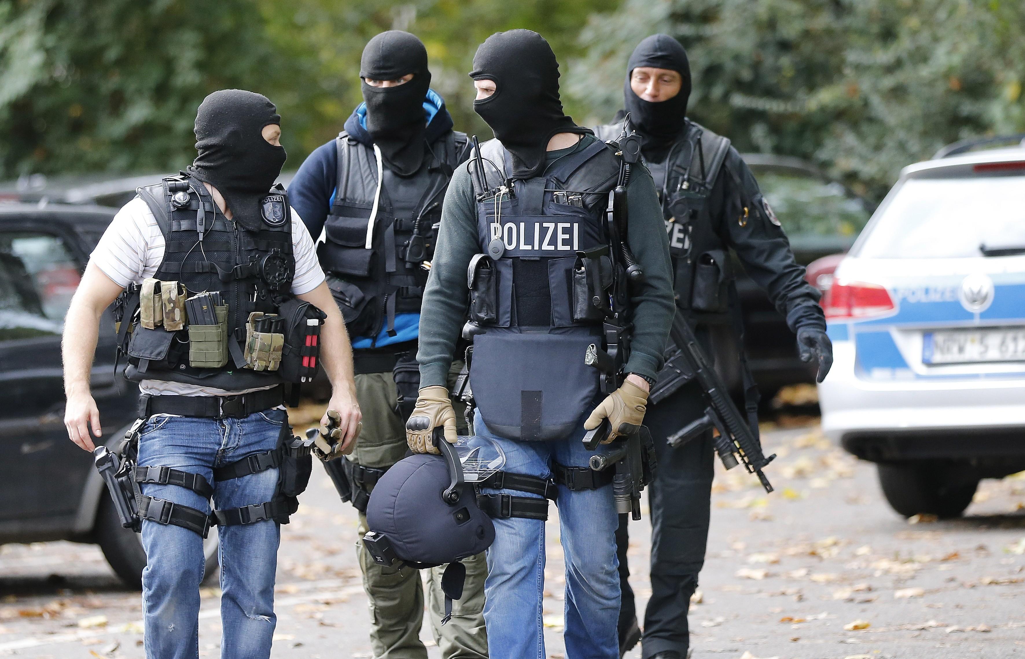 В лагере для беженцев в Германии около 100 человек устроили драку