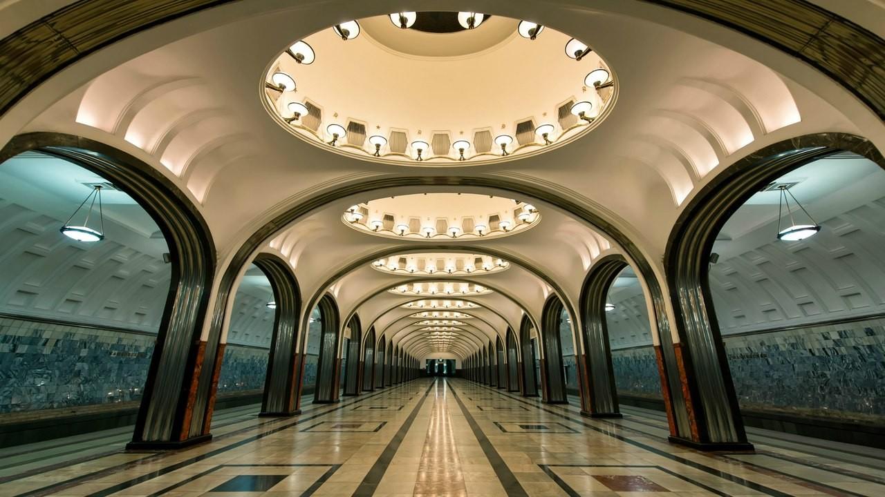 В московском метрополитене появятся световые и цифровые рекламные конструкции