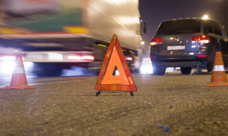 Проститутка на трассе трахается в фуре 25 фотография