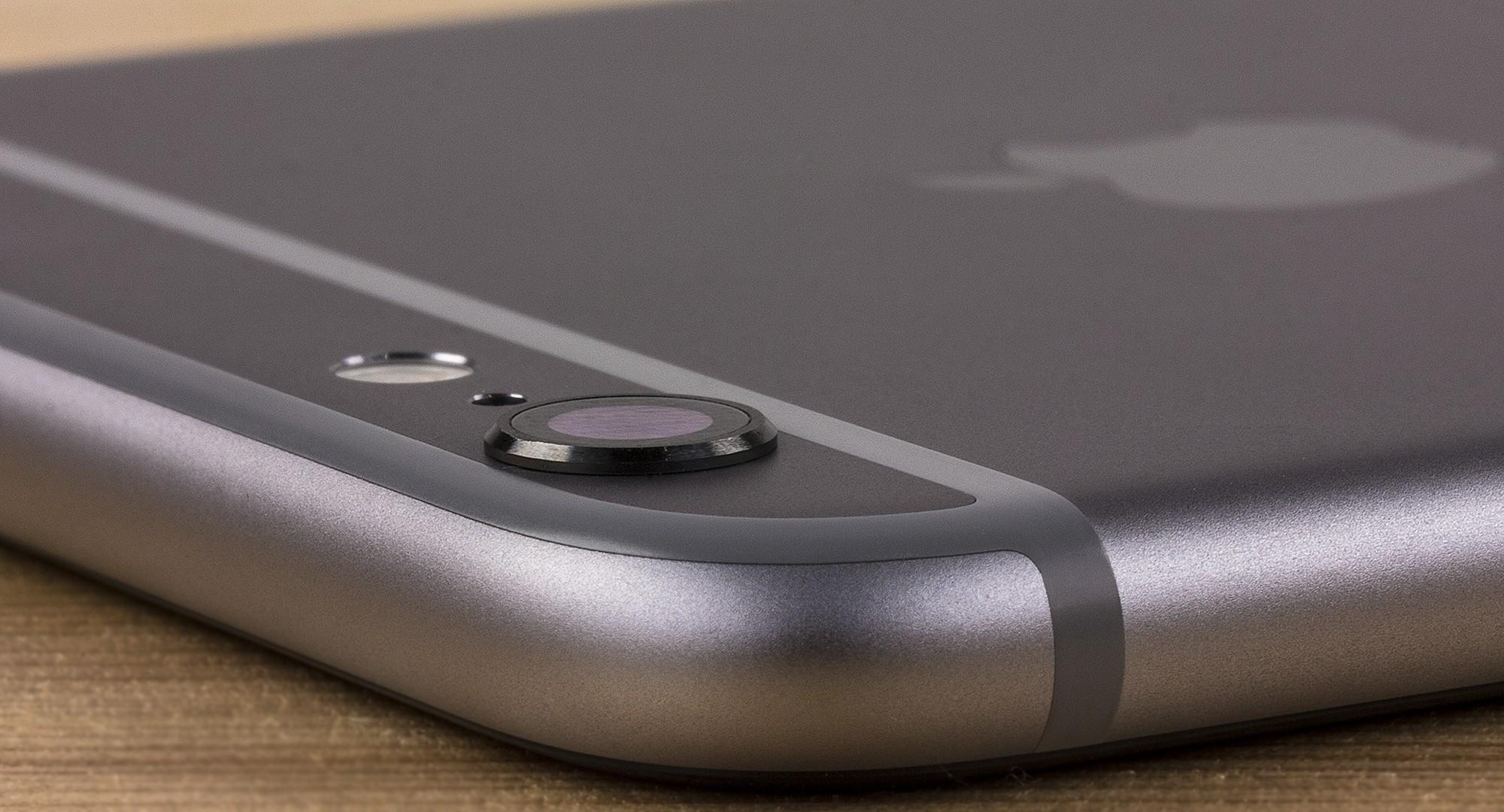 Apple начала бесплатно менять неисправные камеры iPhone 6 Plus