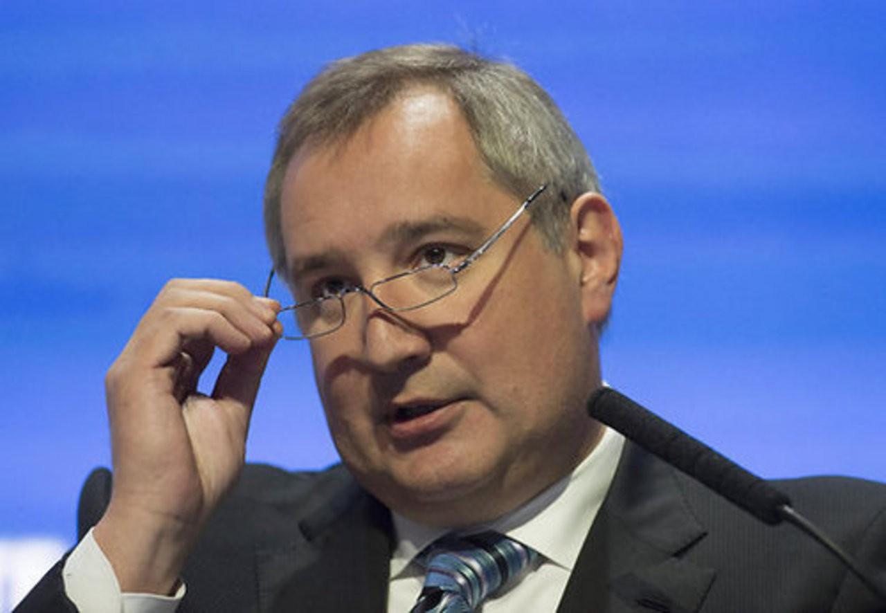 Рогозин предложил сэкономить наполетах кЛуне иМарсу
