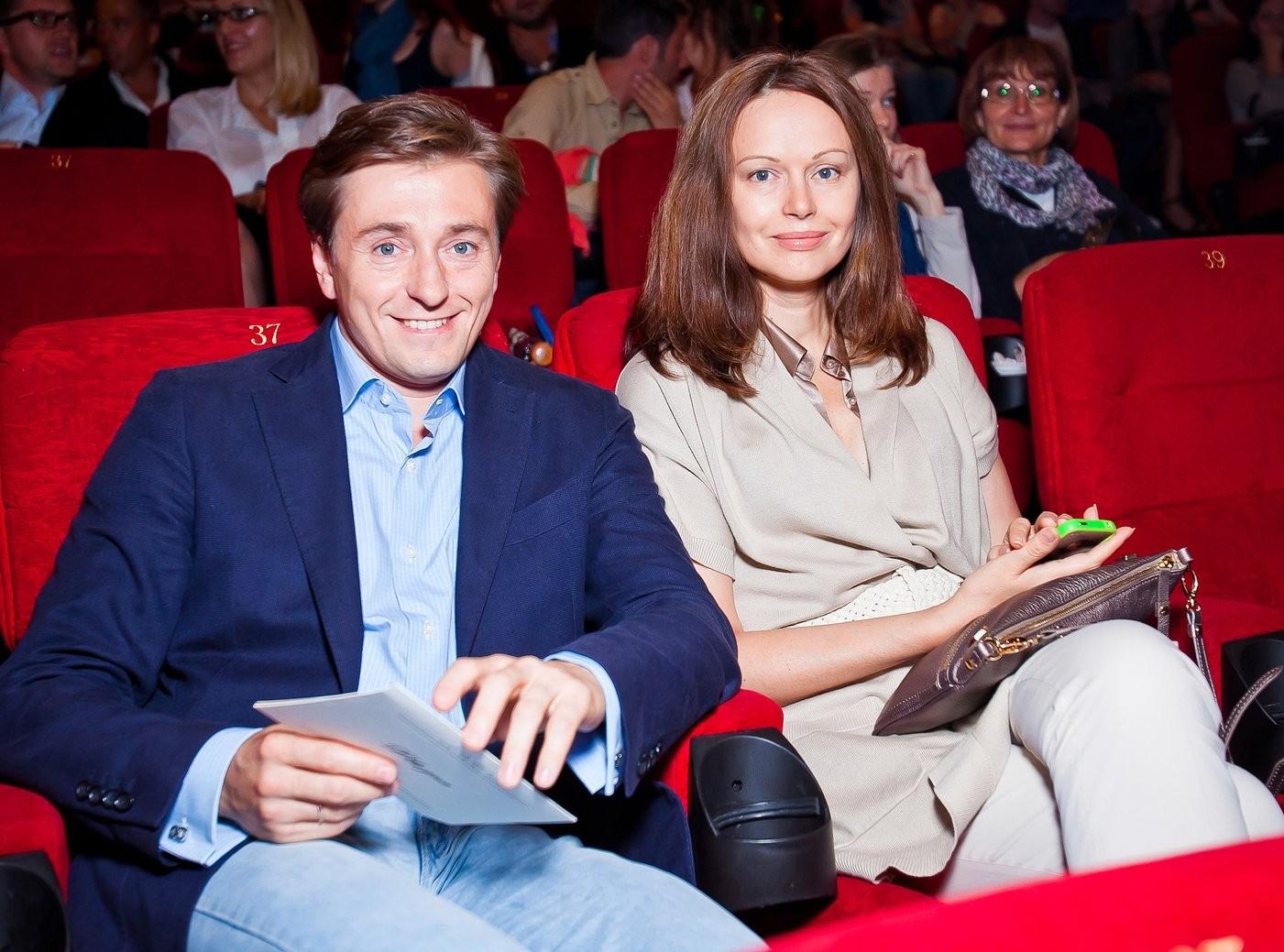 Сергей Безруков расстался со своей женой Ириной Безруковой