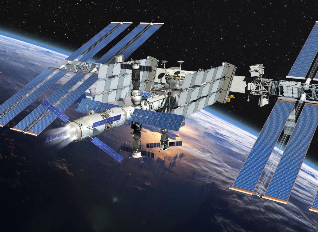 Японский грузовик отстыковался от МКС и полностью сгорел в атмосфере