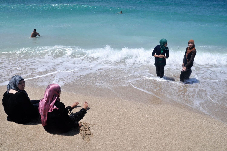 Фото обычных людей на пляже 3 фотография