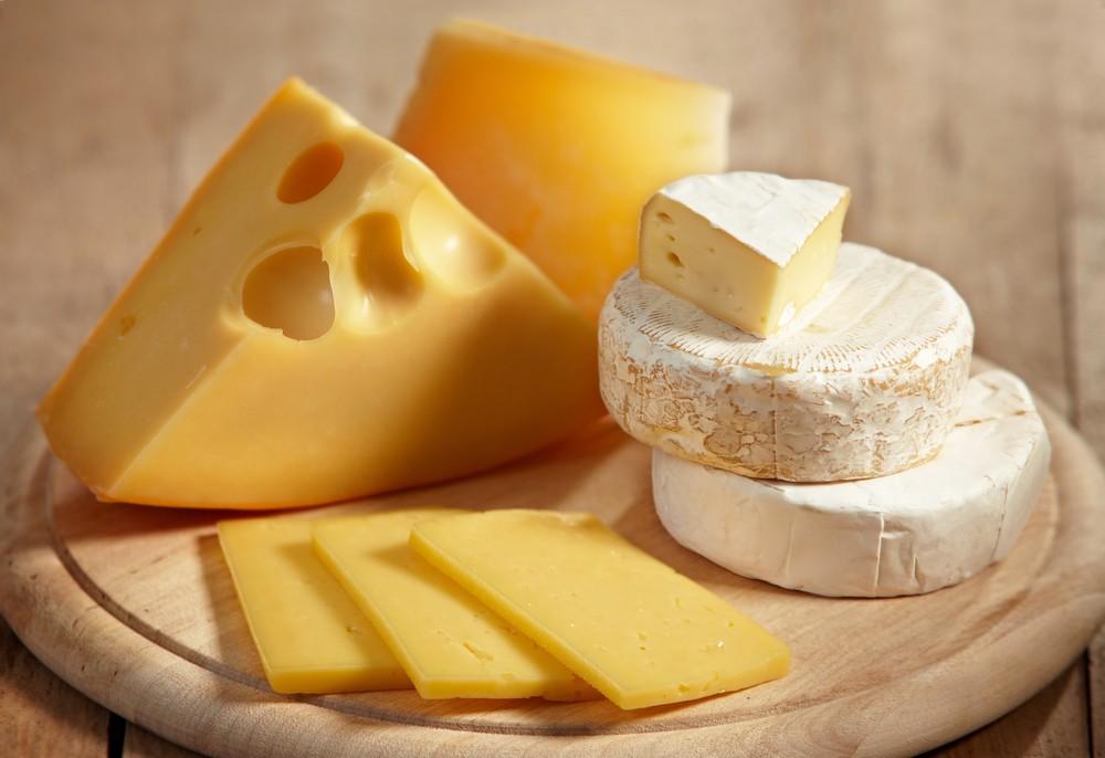 Сыр вызывает зависимость, как наркотик, узнали американские ученые