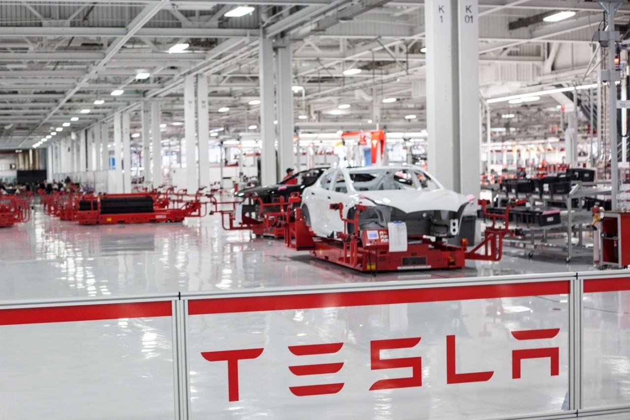 Tesla Motors организует производство электрокаров в Китае