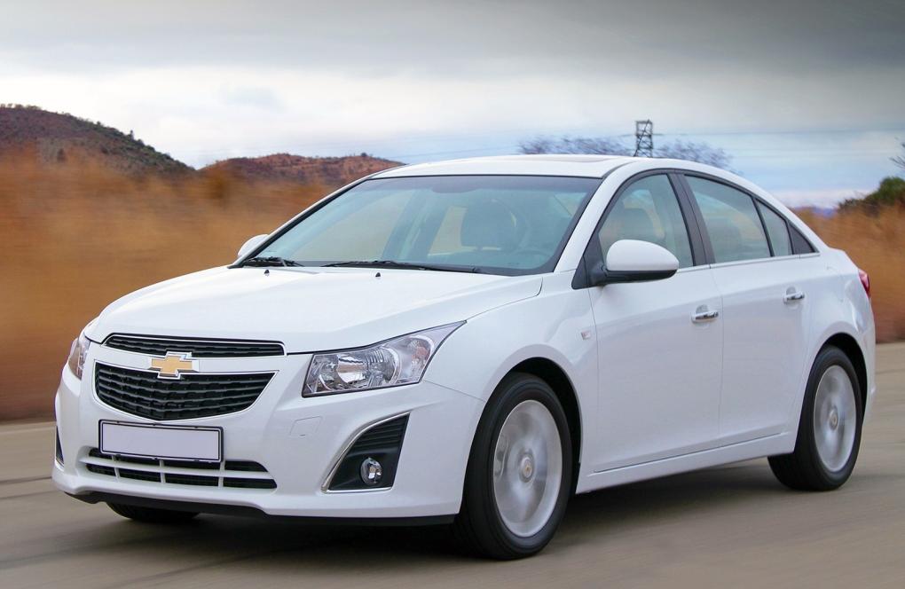 Chevrolet назвал стоимость нового седана Cruze
