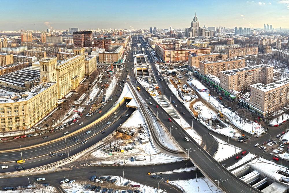 Коллапс вместо помощи— «Ленинградка» встала