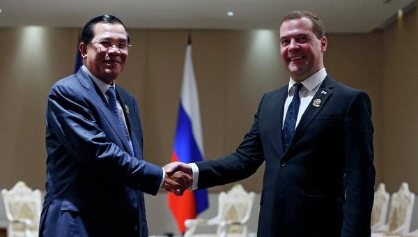 Д. Медведев  посетил Камбоджу софициальным визитом