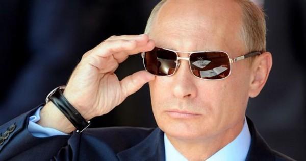 В британском издании Владимира Путина сравнили с графом Дракулой
