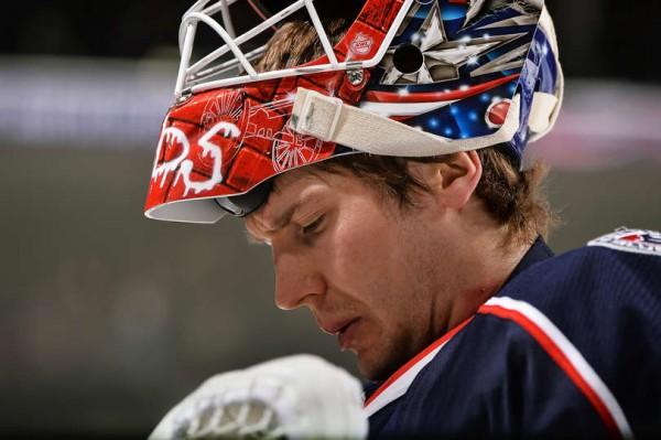 Вратарь «Коламбуса» Бобровский признан первой звездой дня в НХЛ