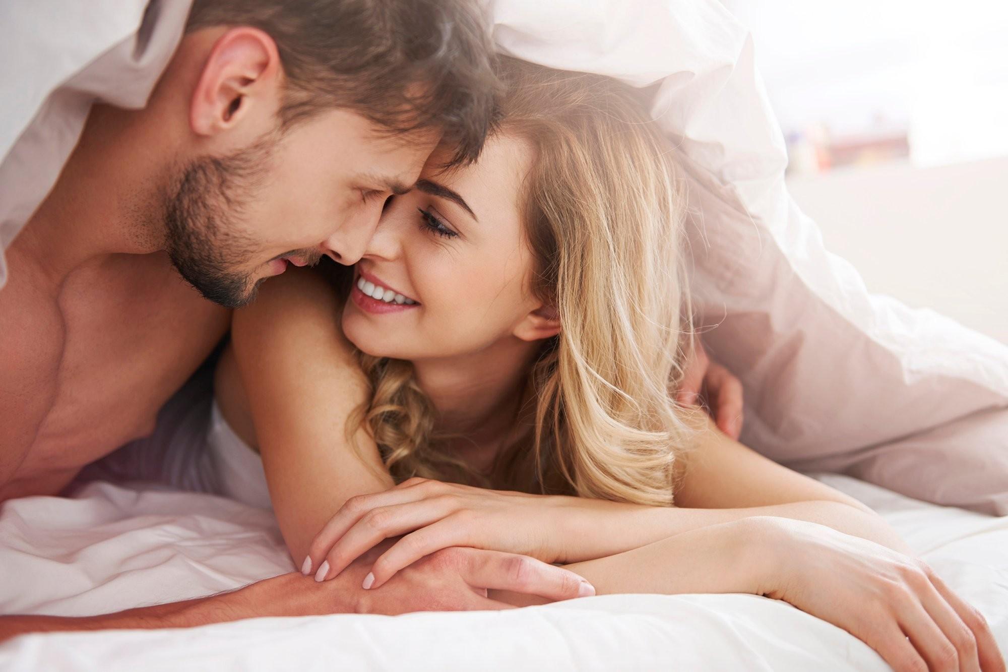 Смотреть онлайн игры в постели мужа с женой 26 фотография
