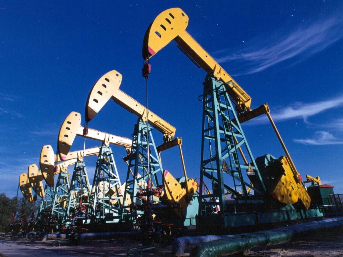 Мировые цены на нефть Brent опустились ниже $37 за баррель