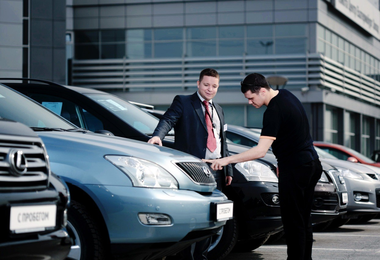 В ЕС в ноябре продажи новых авто увеличились на 13,7