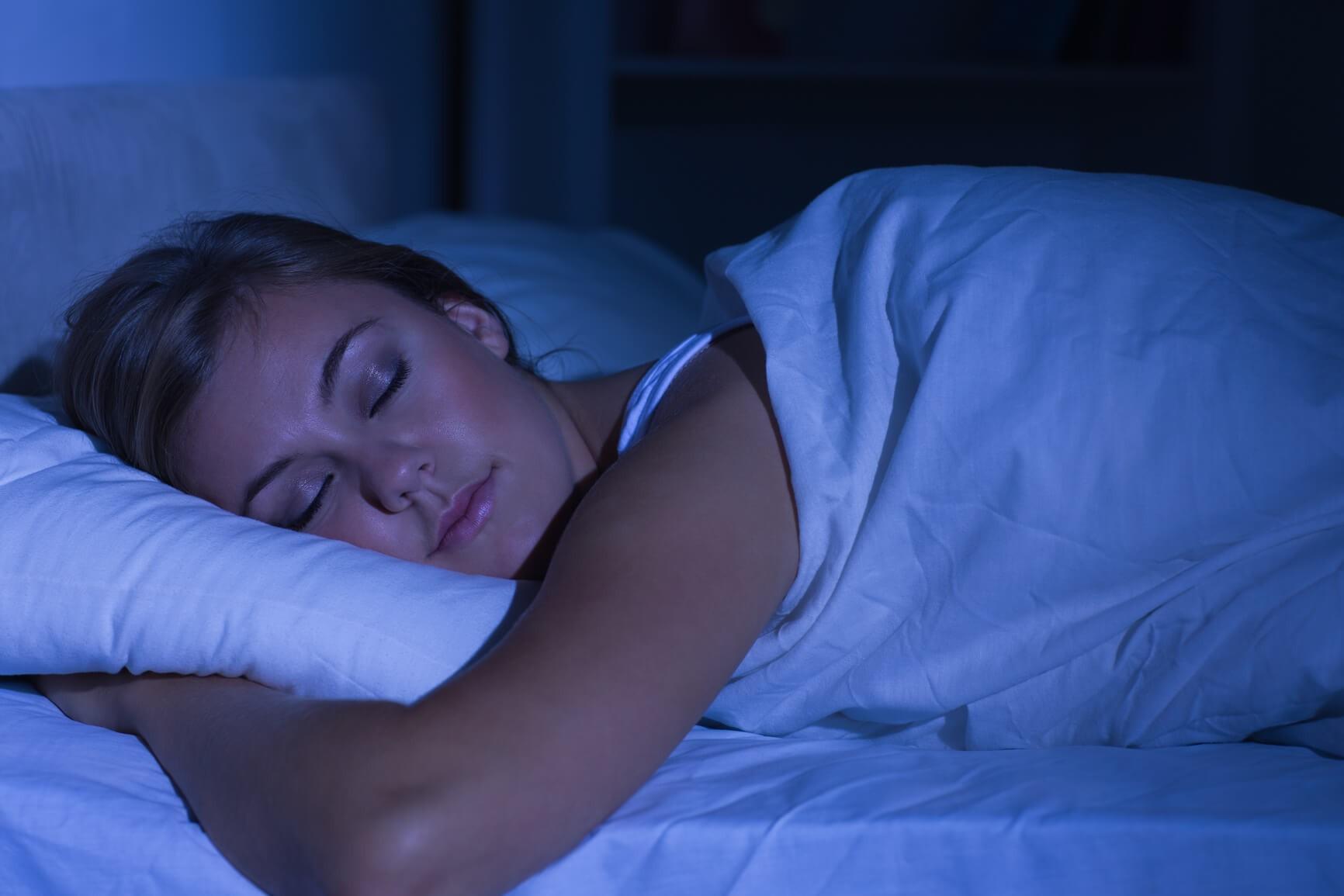 Съёмка спящих жён 4 фотография