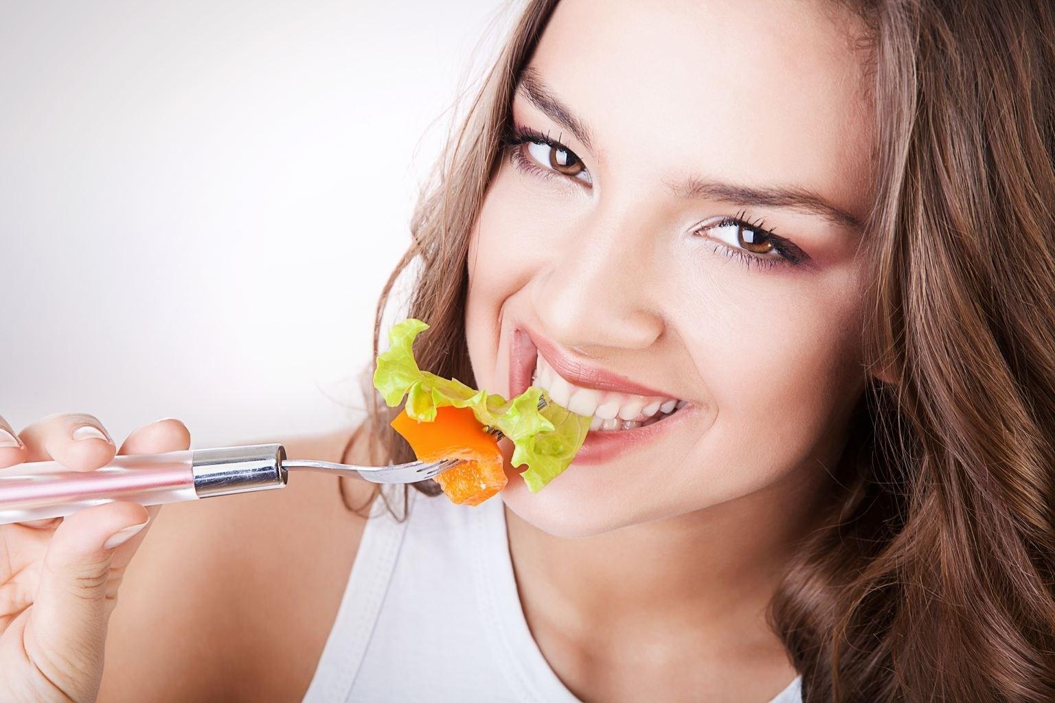 как избежать неприятного запаха изо рта