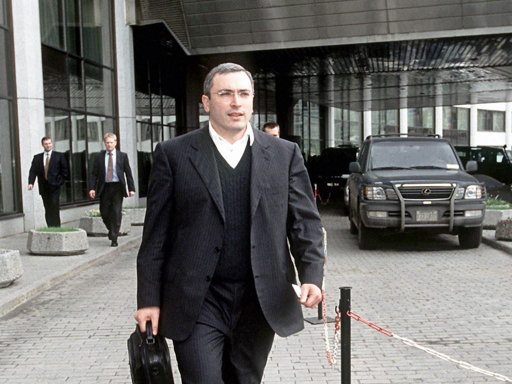 Песков сказал, кто принял решение озаочном аресте Ходорковского