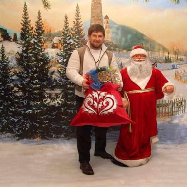 Кадыров пояснил , что религия незапрещает праздновать Новый год