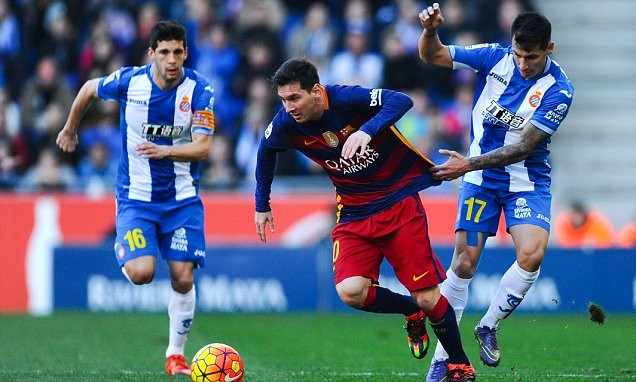 Барселона не сумела на выезде обыграть Эспаньол