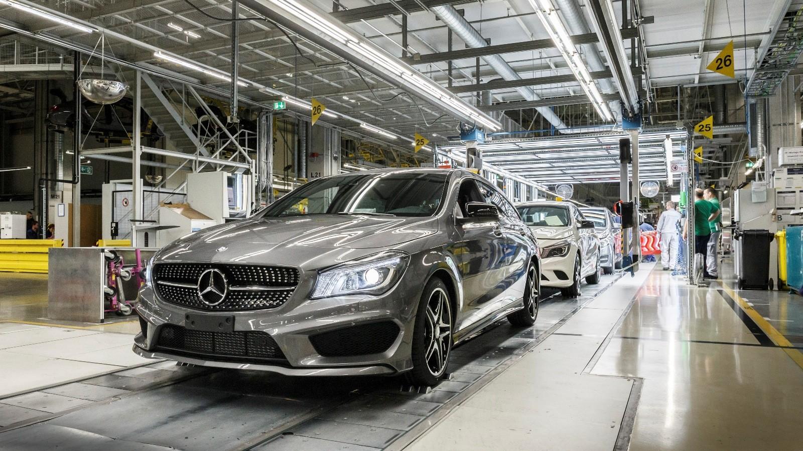 Mercedes-Benz намерен наладить выпуск автомобилей в Санкт-Петербурге