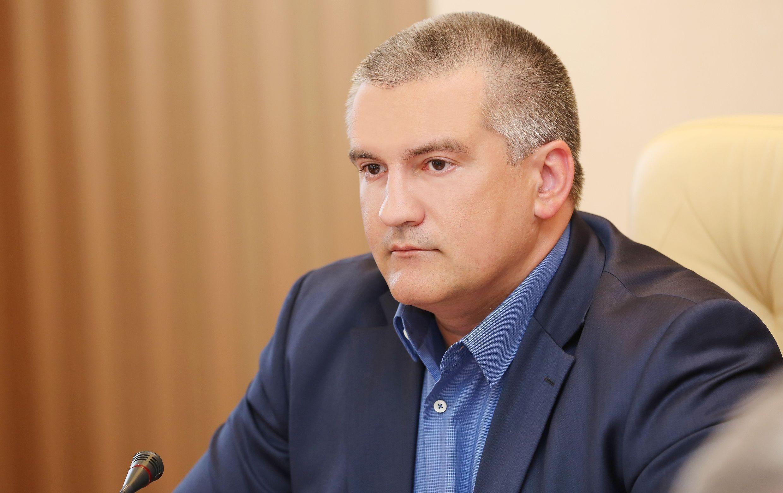 Аксенов отправил в отставку мэра и главу горсовета Феодосии