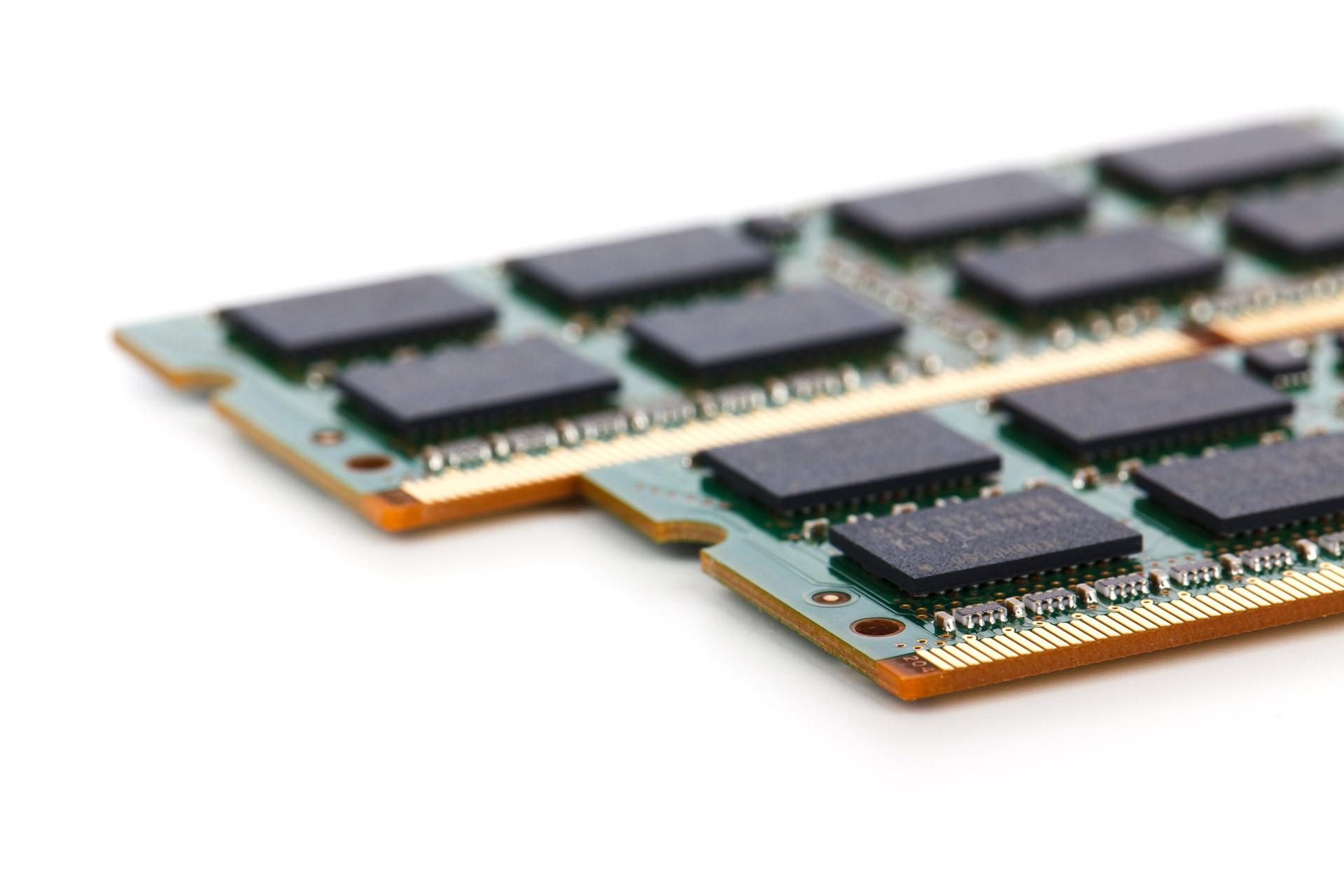 К производству 4 Гб HBM2 памяти приступили в Samsung