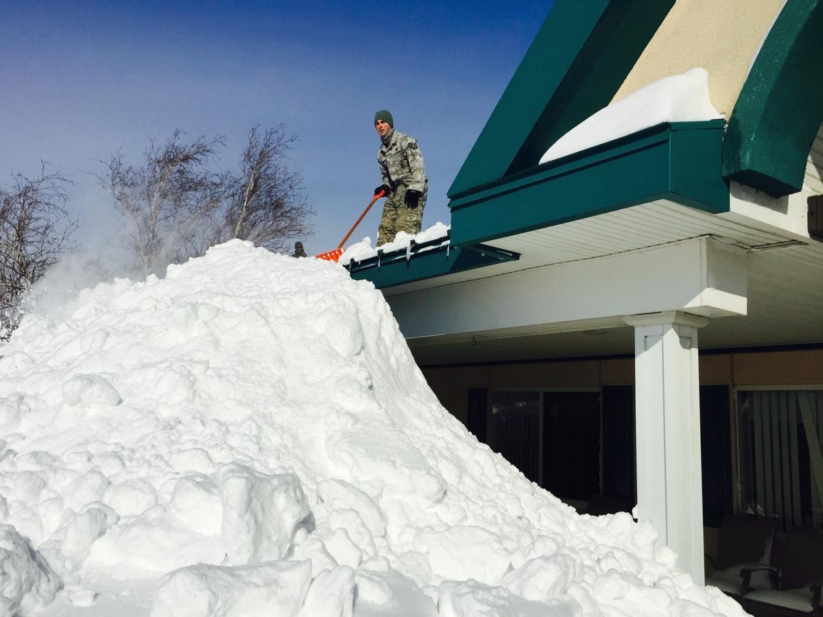 Число жертв снегопадов в США достигло 41 человека