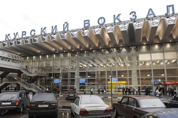 Весело,весело встретим Новый Год: В Москве эвакуировали Курский и Павелецкий вокзалы из-за угрозы взрыва
