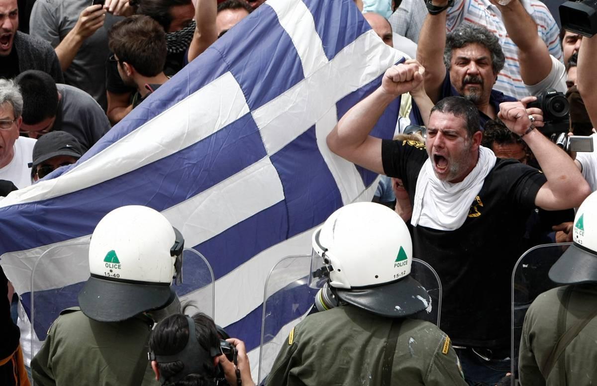 Репортеры Греции проводят суточную забастовку