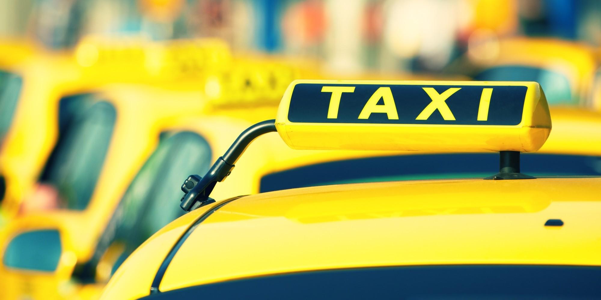 Втекущем году разрешение натаксомоторную деятельность получат 10 тыс. водителей