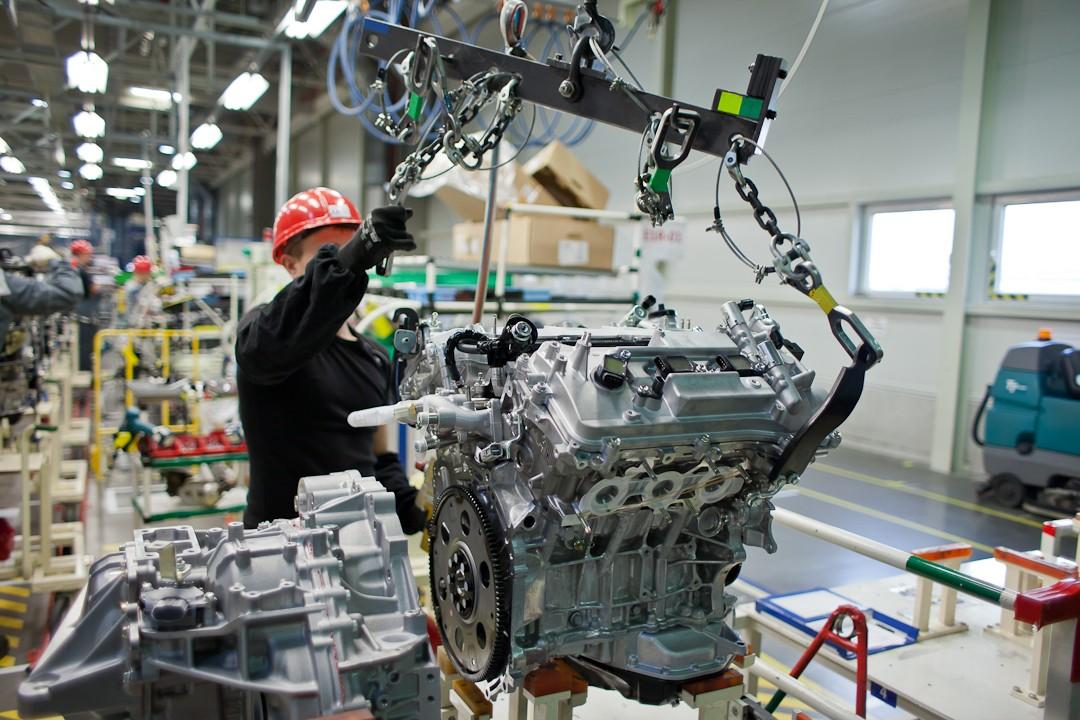 Toyota возобновила работу после недели простоя