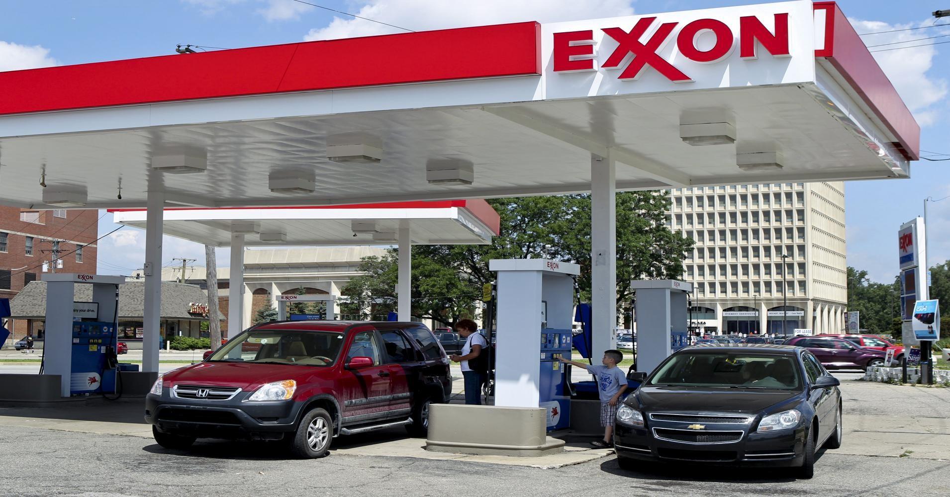 ExxonMobil приступила кэкспорту нефти изСША