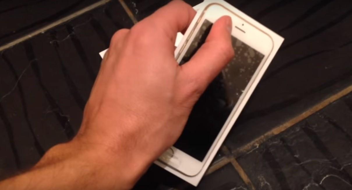 В Сети появился новый ролик с настоящим 4-дюймовым iPhone