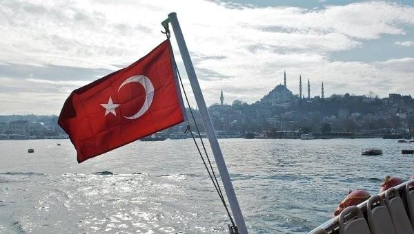 У берегов Турции в результате крушения катера погибли 18 человек