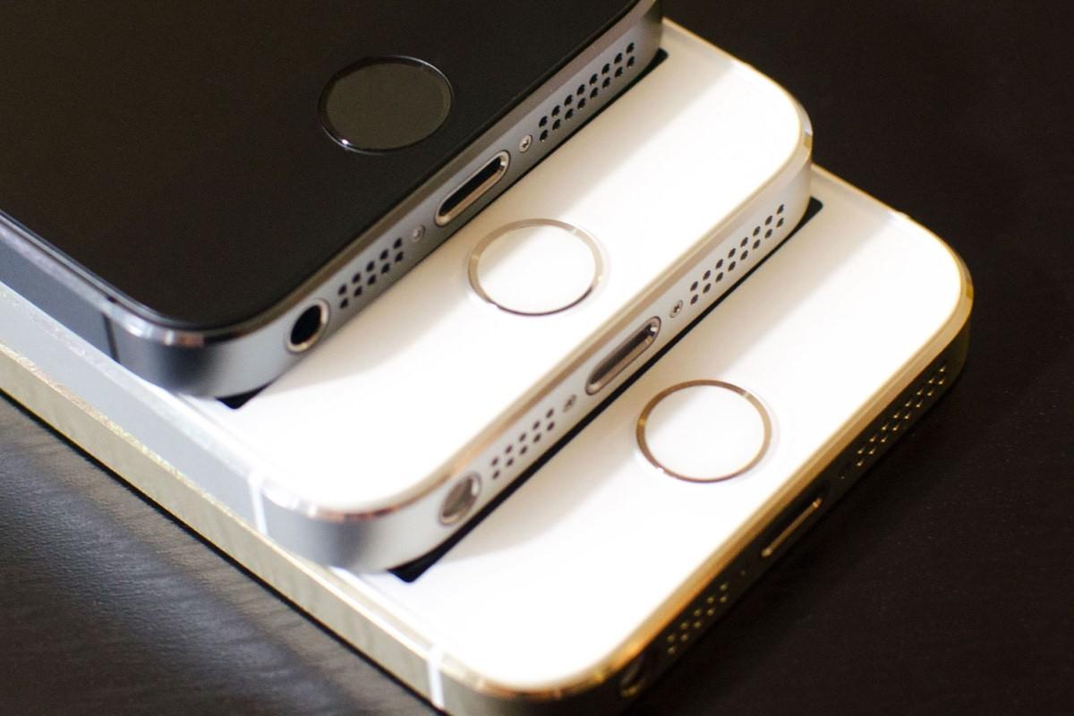 Стоимость iPhone 5s упадет до $250 после выхода iPhone SE