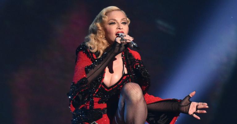 Мадонна шокировала публику на своем концерте в Австралии