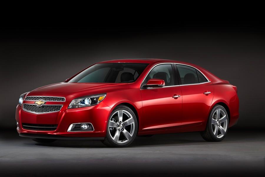 Chevrolet анонсировала гибридную версию Malibu