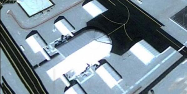 СМИ: Власти США скрывают в «Зоне S4» 30-метровый НЛО