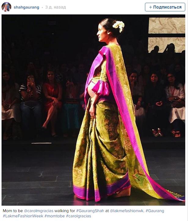 В Индии беременная модель представила новую коллекцию одежды