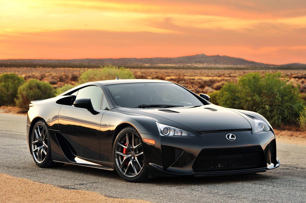 Lexus готовится к презентации нового LFA