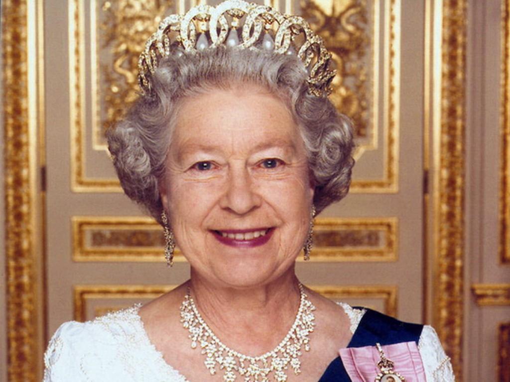 Елизавета II может отречься от престола уже в этом году